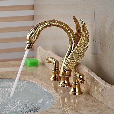Vòi chậu lavabo mạ vàng Cleanmax 005