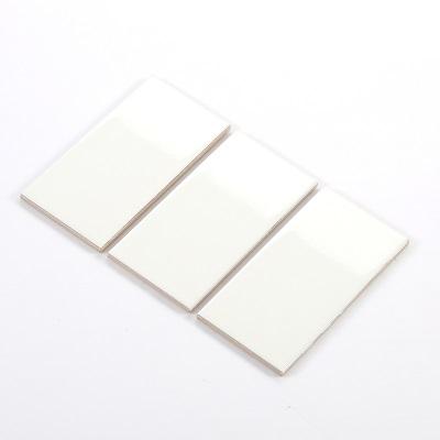 Gạch thẻ ốp tường màu be bóng 75x150mm M751501
