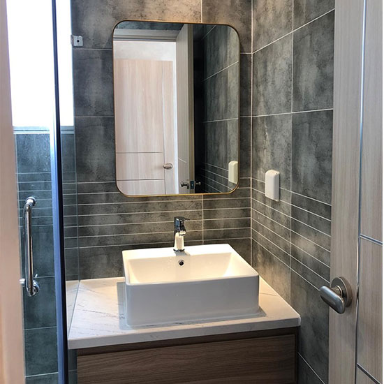 Gương phòng tắm MIKEN MKG-PT002