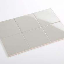 Gạch thẻ ốp tường vuông xám nhạt bóng mờ 200x200 M2202