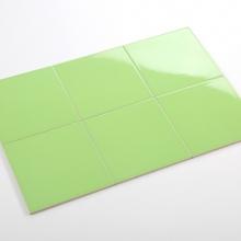 Gạch thẻ ốp tường vuông xanh lá cây bóng phẳng 200x200 M2206