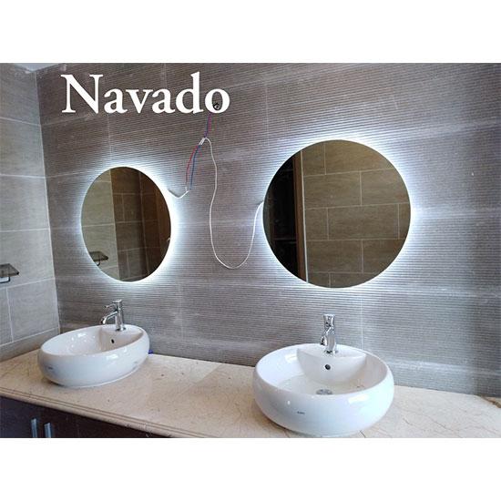 Gương đèn LED hắt sáng Navado NO14845