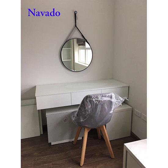 Gương dây da treo bàn trang điểm Navado NO15347