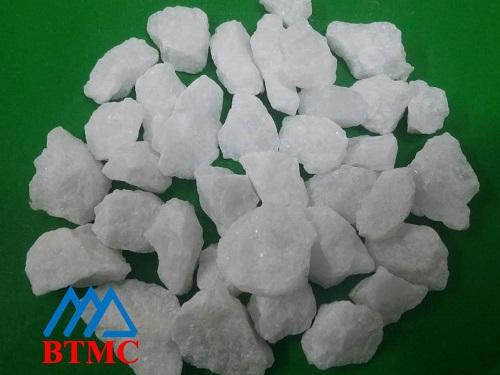 Đá hạt tự nhiên màu trắng muối