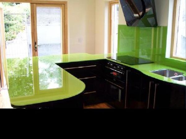 Kính ốp bếp màu xanh 02