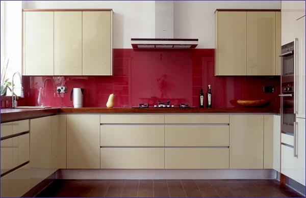 Kính ốp bếp màu đỏ 01
