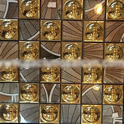Gạch ốp trang trí phòng karaoke Mosaic Lồi Vàng Hoa Văn