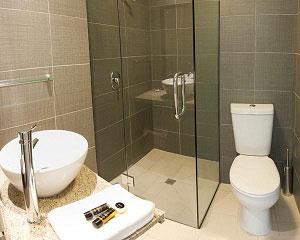 Phòng tắm vách kính Kato Việt Nhật VK02